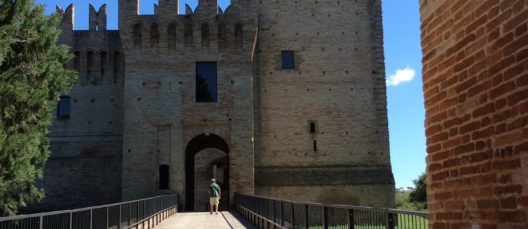 Compagnia della Rancia, mostra nel castello